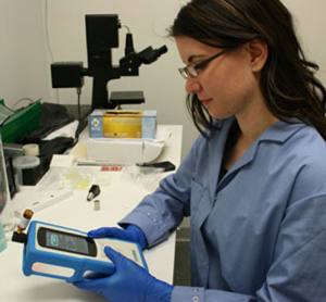 Handheld Raman - Cut costs, improve efficiency & move toward 100% testing