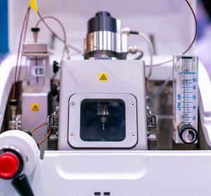 Mass spectrometer instrument