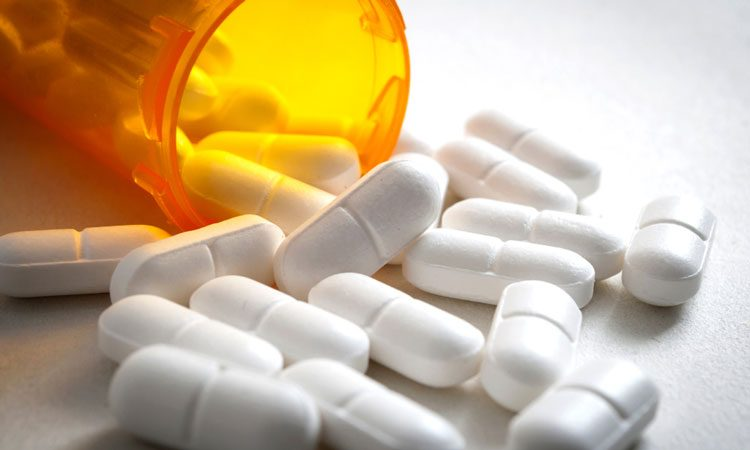 Common painkiller linked to an increased risk of problems on